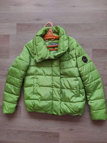 Осень-весна, деми яркая  стёганая  куртка на синтепоне   s