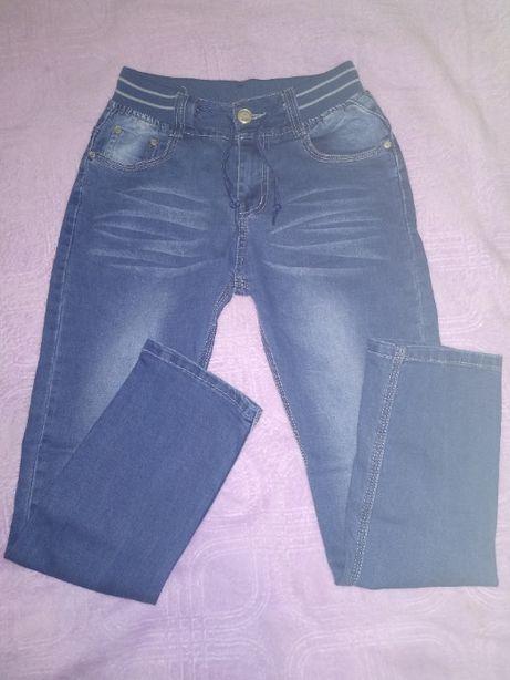 Легкие стрейчевые джинсики на мальчика