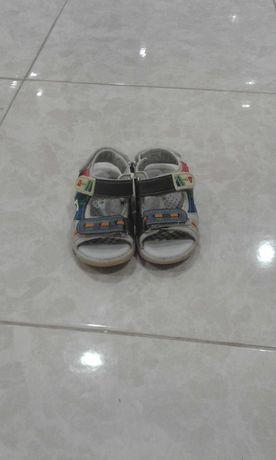 Дитячі речі ,босоніжки ,босоніжки дитячі,дитяче взуття