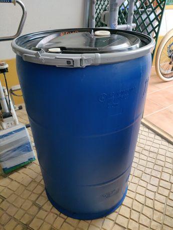 Barril de 200 litros. NOVO