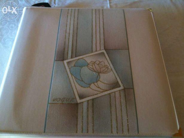 Album de fotografias pintado à mão - Obra de arte