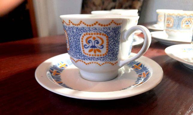 Porcelana - Wawel 8 szt. filiżanka + 8 szt. podstawka, vintage PRL