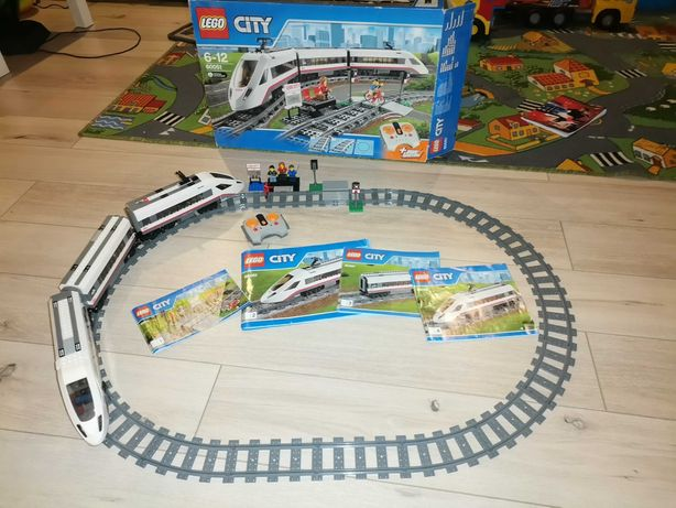 Pociąg LEGO CITY 60051