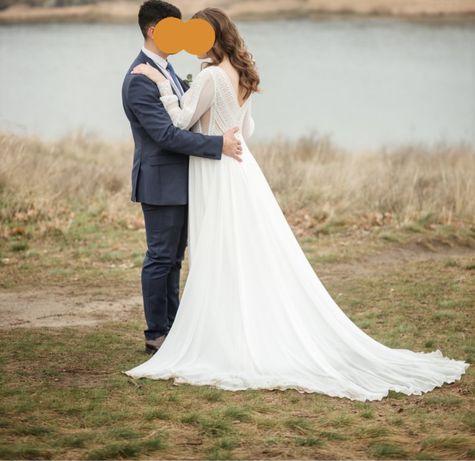 Свадебное платье р 48- 50,или L-XL