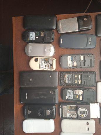 Телефони на запчастини одним лотом