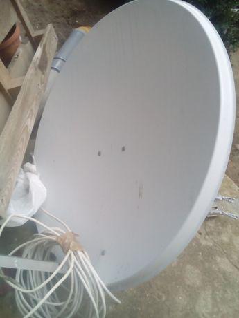 talerz satelitarny, podwójny konwerter, kabel, uchwyt