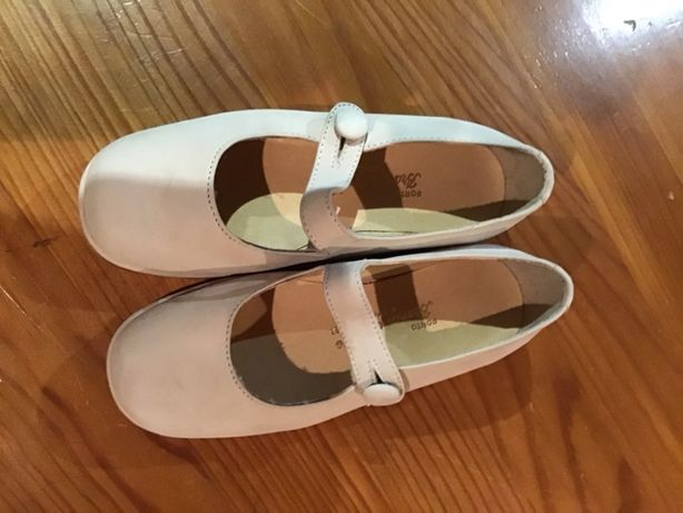 Sapatos de criança, só usados uma vez número 26