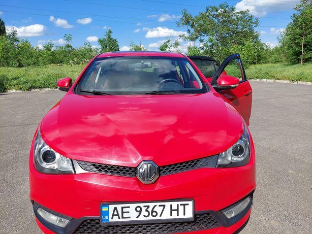Автомобиль MG 5, 2013 года, газ/бензин. От хозяина.