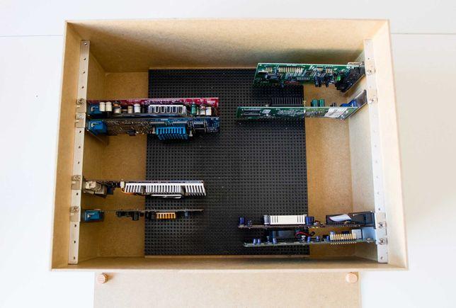 Skrzynia pudło na karty graficzne dźwiękowe i inne AGP ISA PCI PCI-E