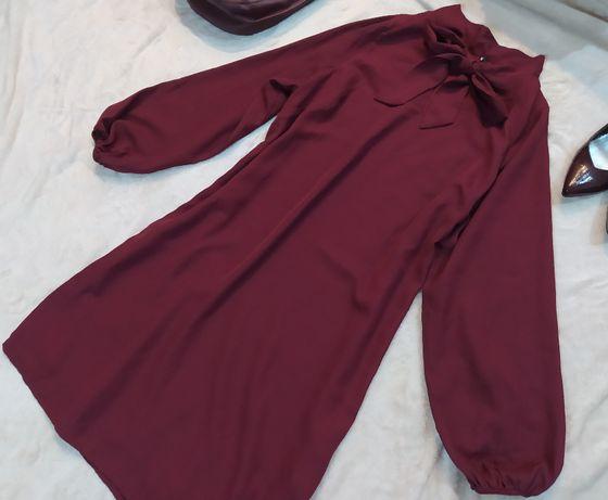 Bordowa sukienka wiązana kokarda elegancka