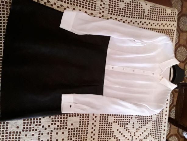 Vestidos Zara. Novos.