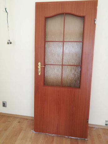 drzwi pokojowe z ościeżnicą  w bardzo dobrym stanier