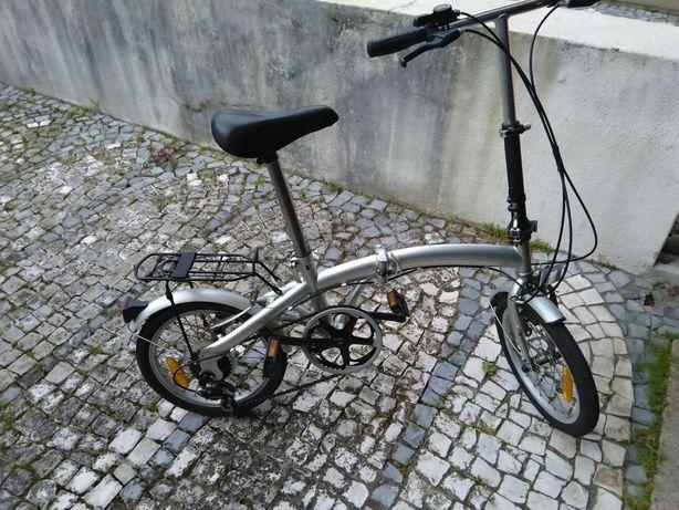 Vendo bicicleta descartável , tanto dá para crianças ou adultos