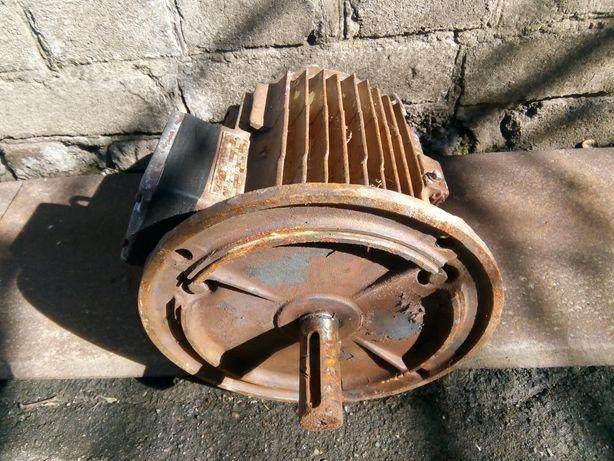 Фланцевый электродвигатель 4квт 950 об/ мин