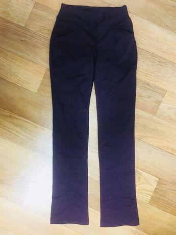 Новые спортивные брюки бренда Skechers, USA, р.XS