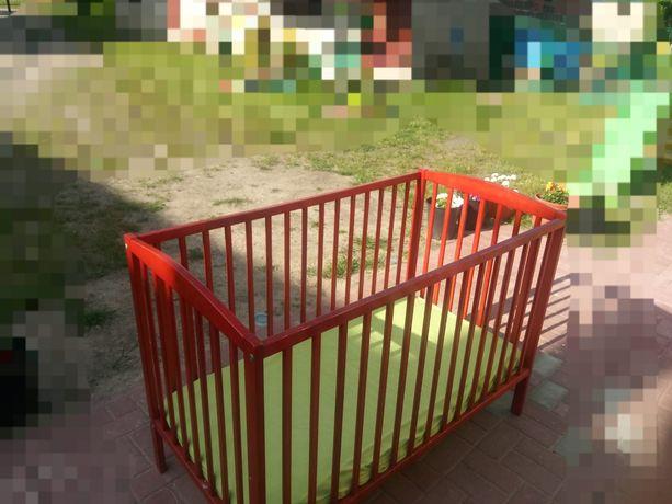 Łóżeczko dziecięce 125x65 z materacem