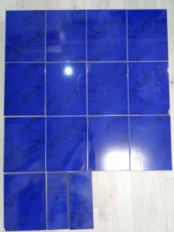плитка керамическая синяя (остатки 1,1 м2)