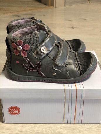 Ботинки осень на девочку