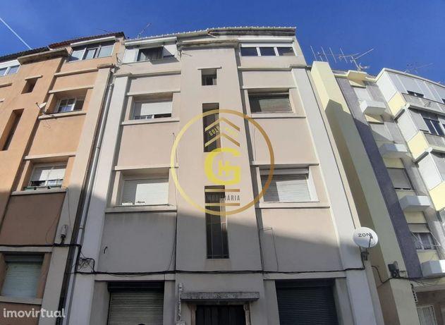 Apartamento T1 Remodelado na Graça, Lisboa