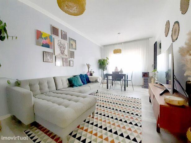 Apartamento T3 Remodelado em Vialonga