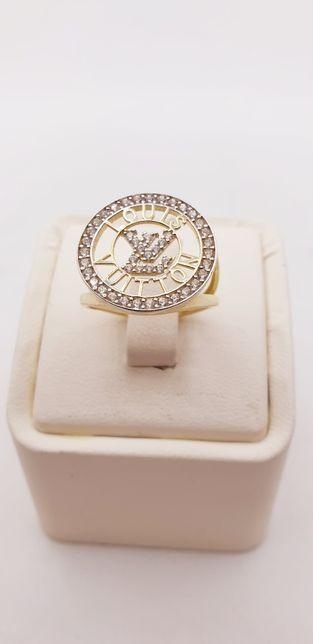 Złoto złoty pierścionek Ala Louis Vuitton próba próba 585 waga 3.4 gr