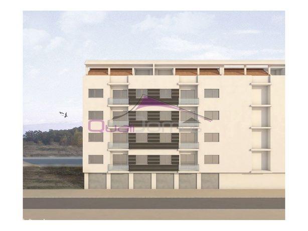Apartamento T3 em construção, com garagem, situado perto ...