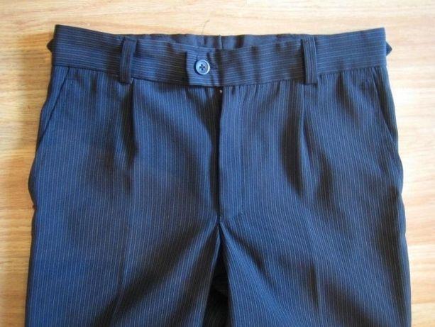 новые черно-серые школьные брюки на рост 125-140 на мальчика, Польша