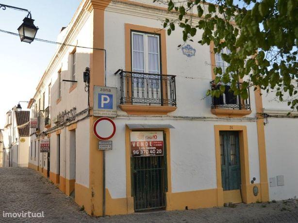 Prédio para venda no Centro Histórico de Évora