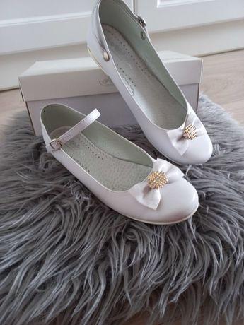 Buty komunia białe