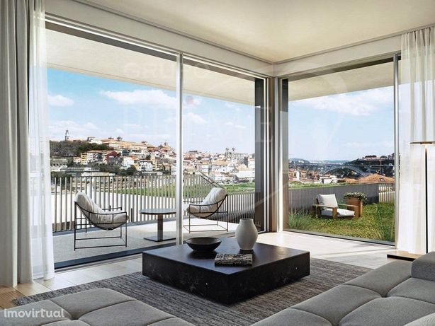 Apartamento T4 Duplex, com 288 m2, vista rio, terraço de ...