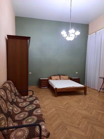 Аренда 1-о к.кв. ул. Гоголевская №15, м.Университет, центр города.