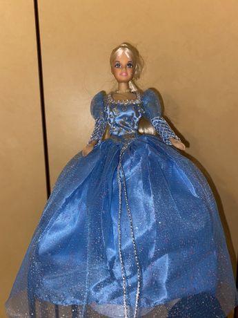 Продам куклу на подставке