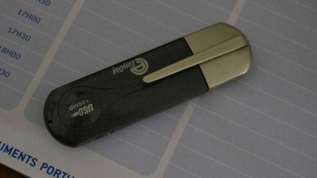 Pen Drive / USB 128 Mb