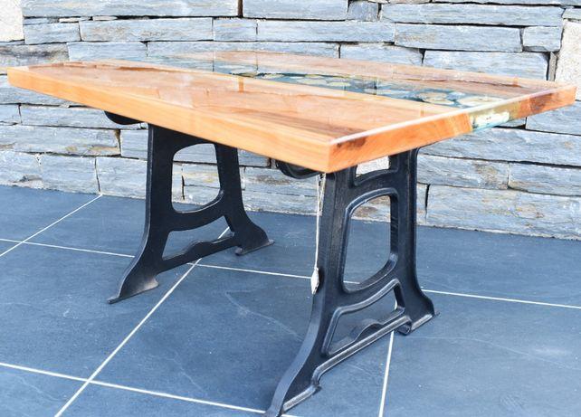 Mesa madeira de cerejeira com resina epoxi cristal