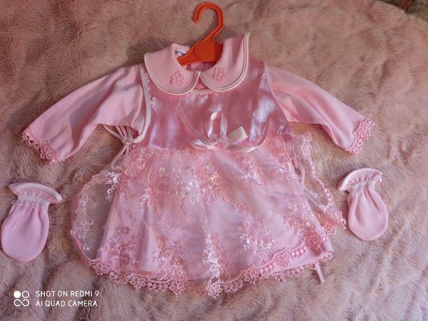 Платье на 2-4 месяца