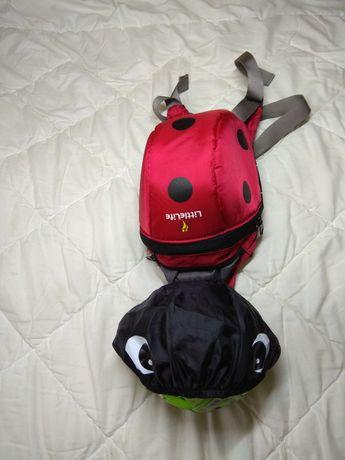 Новый красный рюкзак LittleLife  с капюшоном божья коровка