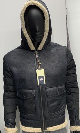 Стильна чоловіча куртка з мехом)