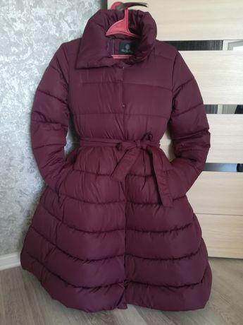 Жіноча зимова куртка.
