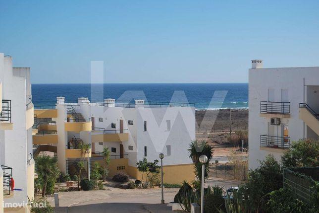 Apartamento T1 com vista mar, a 100 metros da Meia Praia em Lagos, Alg