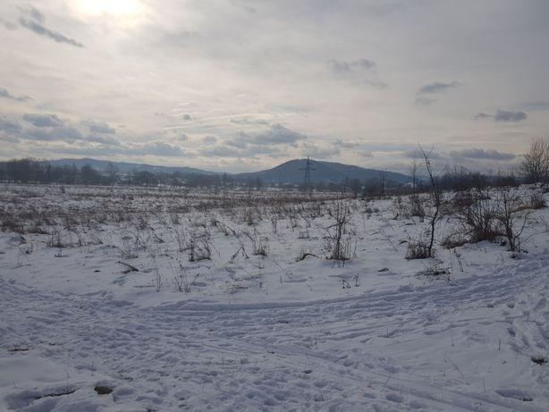 Земельна ділянка в смт. Берегомет