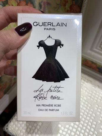 """Guerlain """"La petite robe noire"""" 50 ml"""