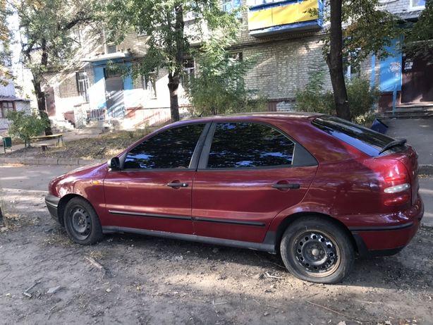 Продам машину Fiat Brava