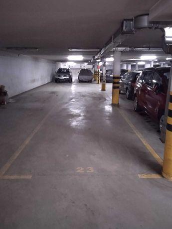 Miejsce parkingowe ul. Sándora Petöfiego 7, 01-912 Warszawa Bielany