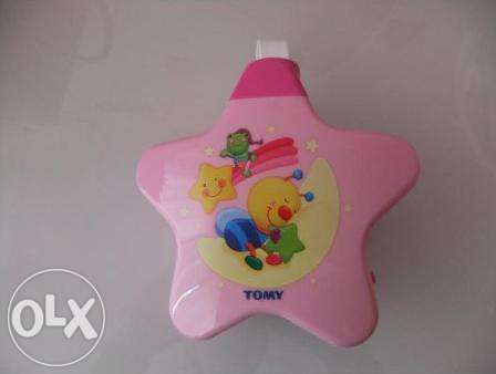 Projector Tomy