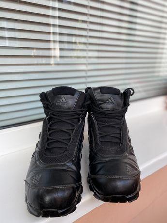 Кроси adidas зима