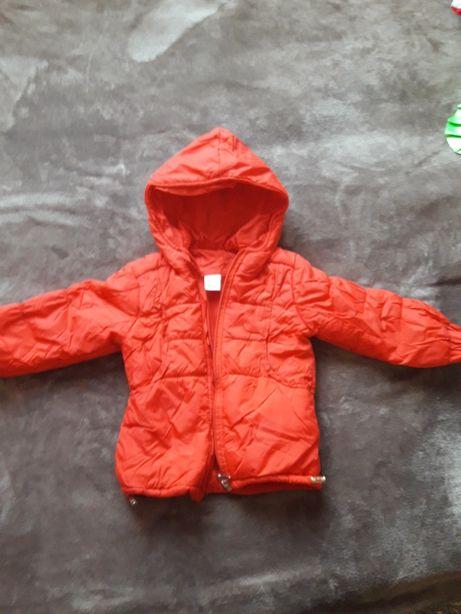 куртка осінь-весна на дівчинку 92розмір