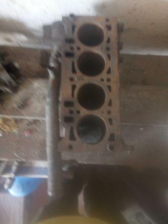 Блок цилиндров к  автомобилю Таврия