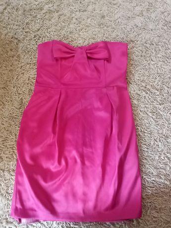 Amarantowa sukienka bez ramiączek