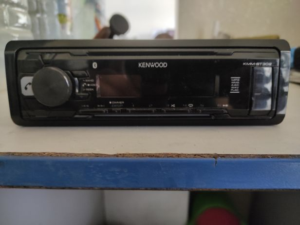 Автомагнітола Kenwood KMM-BT302