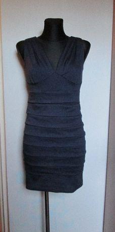 ORSAY śliczna granatowa sukienka z dekoltami r. M/L